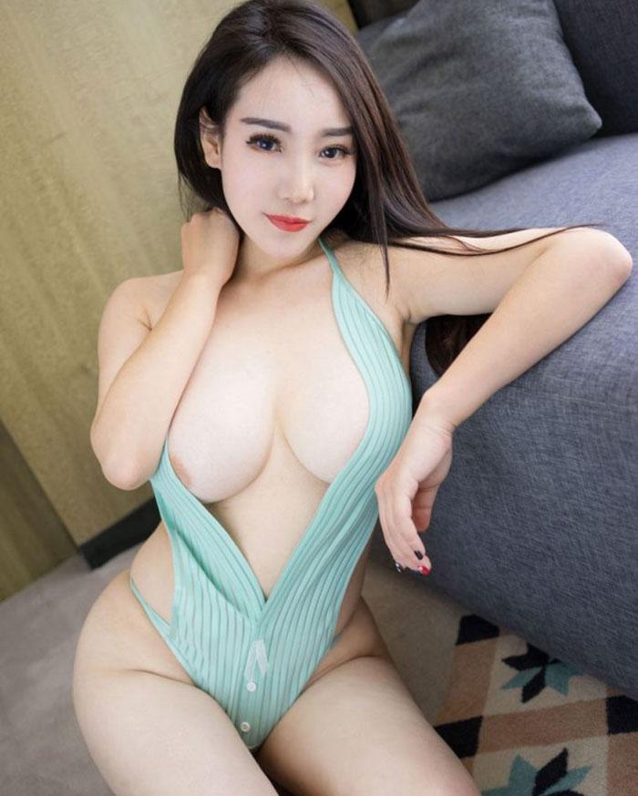 gái-xinh-ngực-đẹp-11