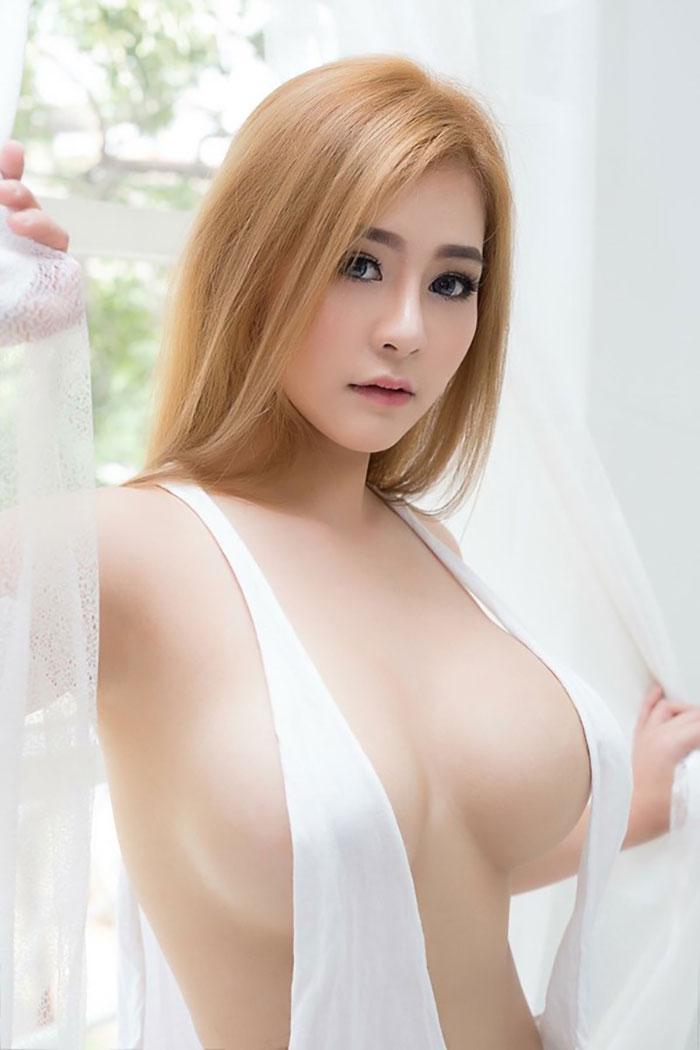 gái-xinh-ngực-đẹp-21
