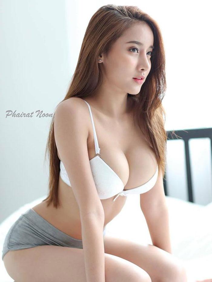 gái-xinh-ngực-đẹp-28